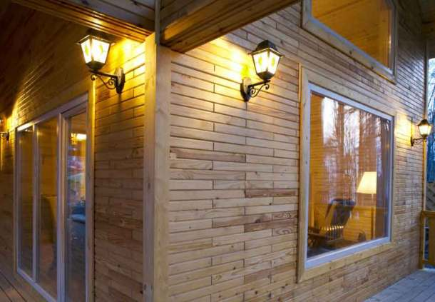 Строение из деревянных кирпичей