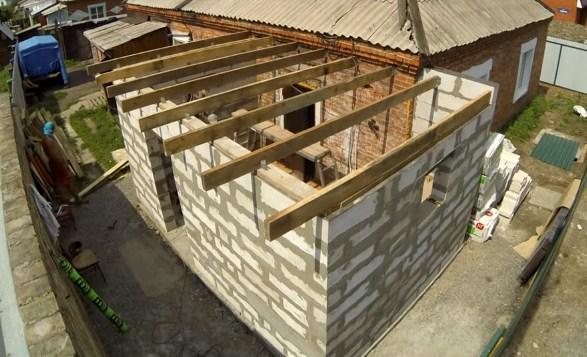 лаги односкатной крыши пристройки