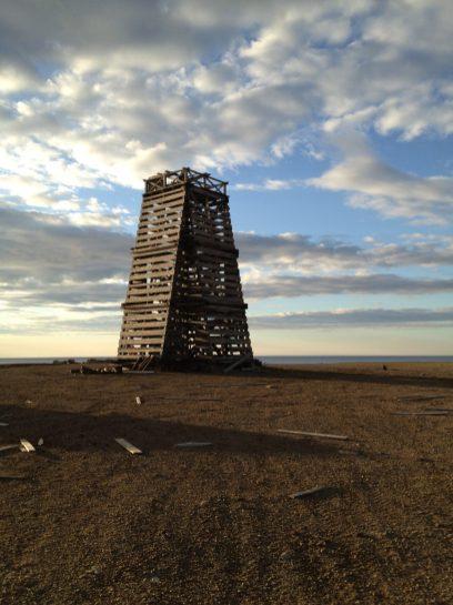 Проблесковый маяк на мысе Желания. Построен в 1934 году. До сих пор стоит.