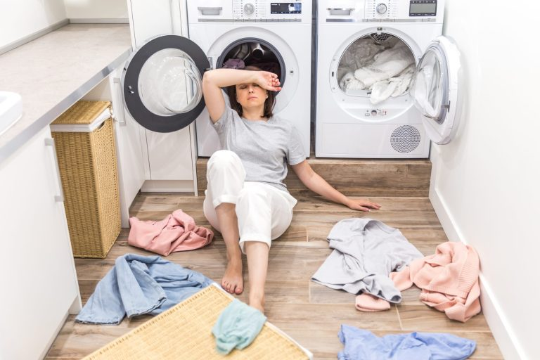 Jak uratować zafarbowane w praniu ubrania?