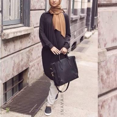 Chic woman on Hijab
