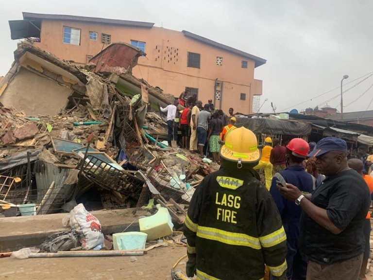 Three Killed, Nine Injured As 3-Storey Building Collapses In Lagos