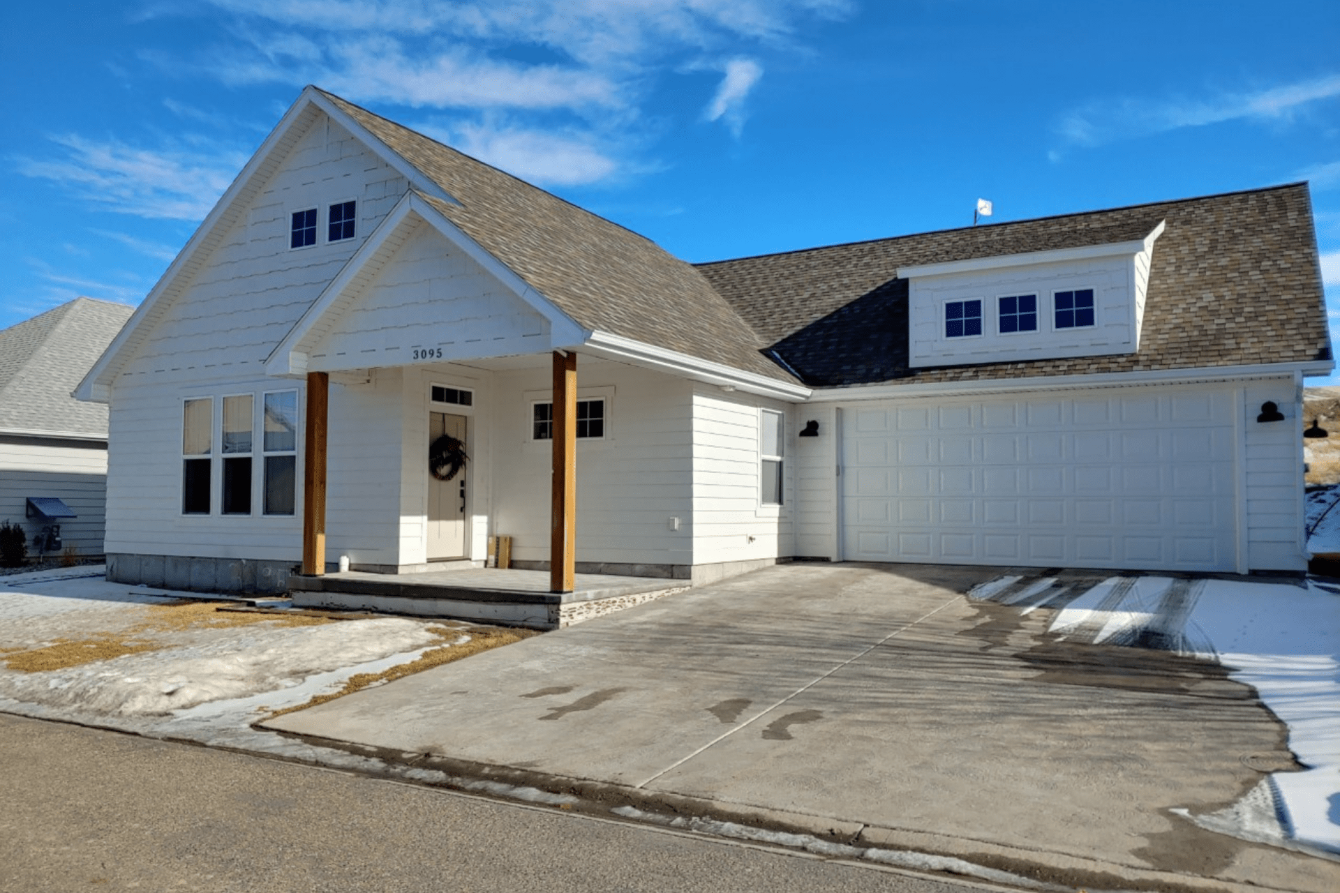 exterior of home for sale in idaho