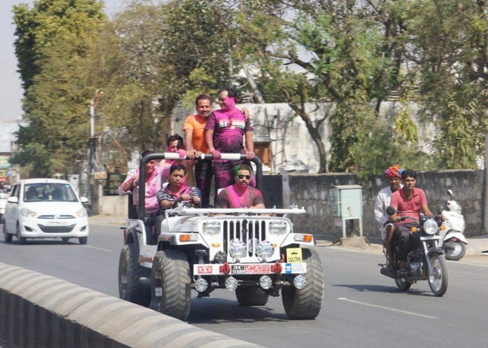 the road to Pushkar