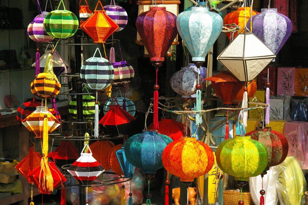 a tempting lantern shop