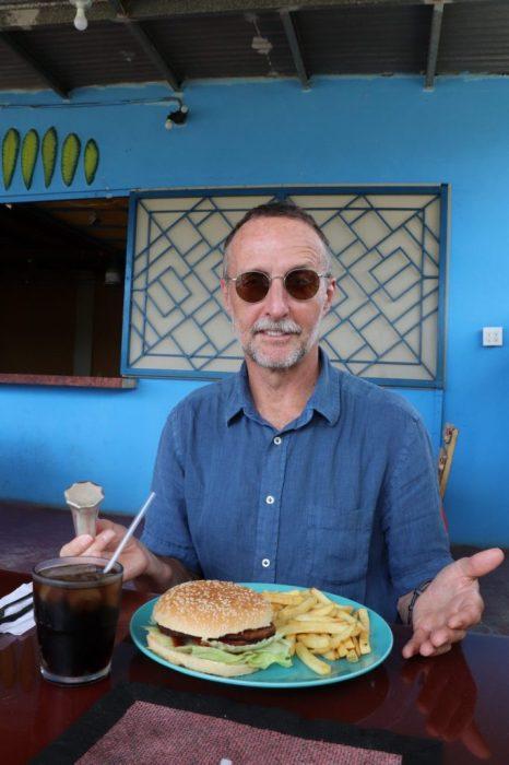 El Dorado burger treat