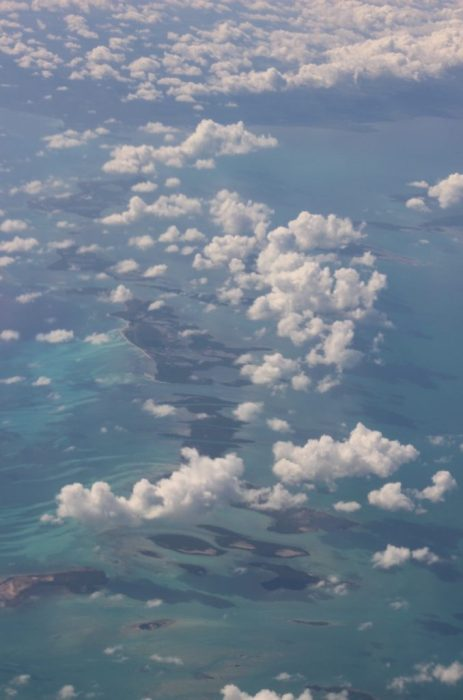 a short flight to the Cayman islands from Cuba