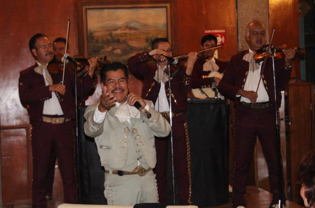 Hotel Francis mariachi entertainment