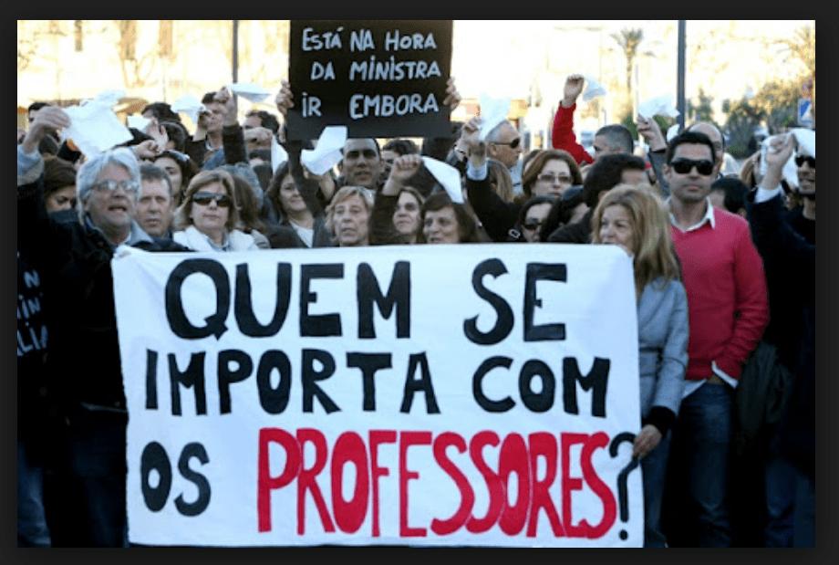 GreveDosProfessores