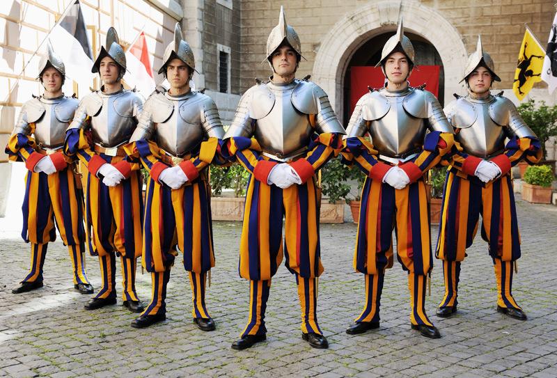 VatikanRstungsauftrag  80 Harnische aus Molln  ooeORFat