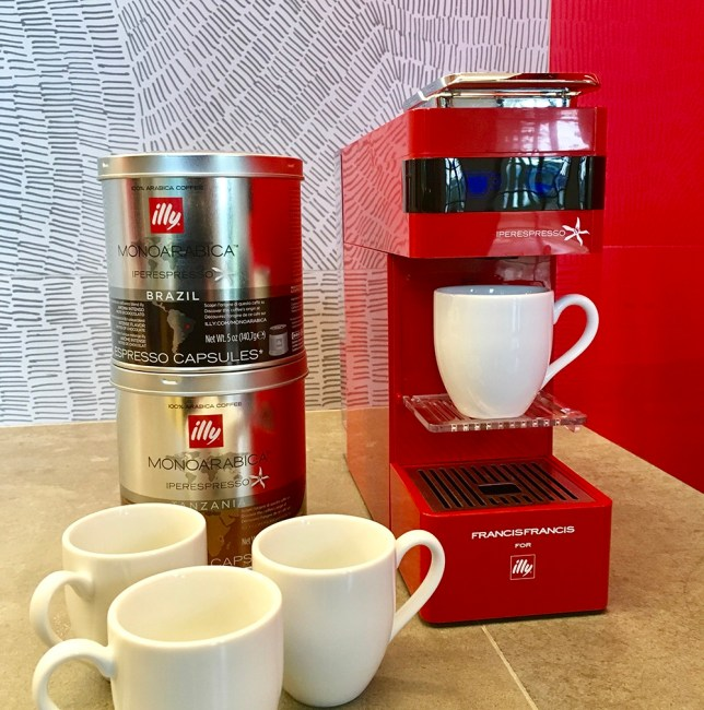 Espresso, capuccino and lattes your way!