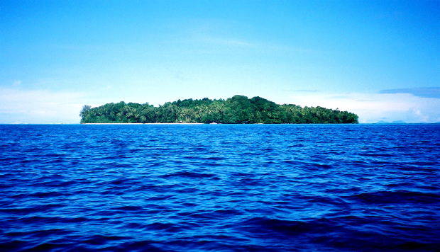 Gizo, Solomon Islands by livah45 at Morguefile.com