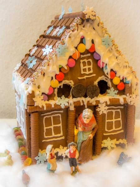 Hexenhaus aus Schokolade bauen