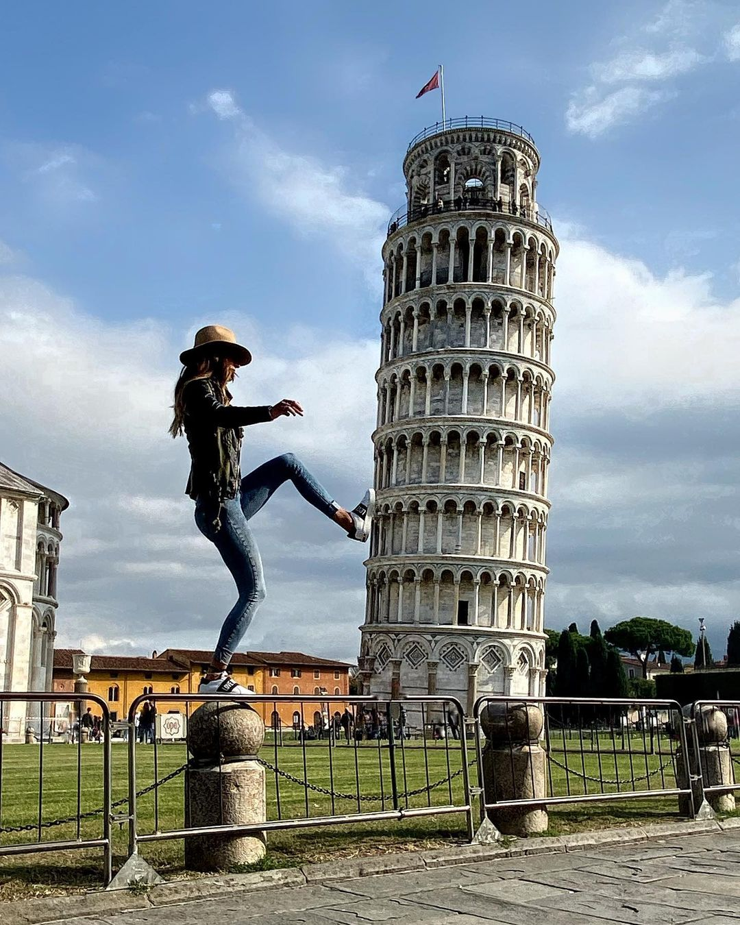 Vacanta ieftina in Pisa, Italia – de la 99 euro zbor + cazare