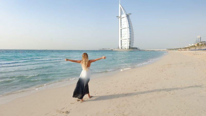 Super vacanta in Dubai, o saptamana – 273 euro (zbor + cazare)