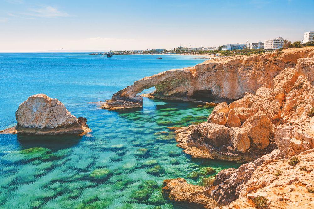 Vacanta in Paphos, Cipru!!  doar 111 euro !!( zbor si cazare 5 nopti)