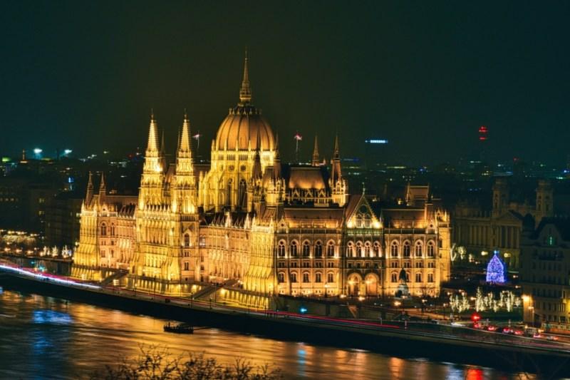Despre Budapesta (Ungaria), cand sa mergi, perioade bune si atractii turistice