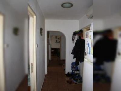 Ocazie!! Vand apartament 3 camere Dr. Taberei, Valea Ialomitei, foarte spatios!