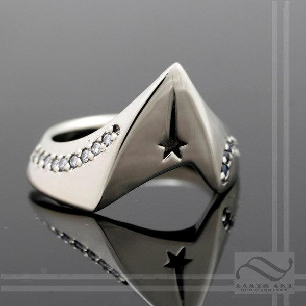 Stardate... your wedding. Loving this captain's starfleet ring.
