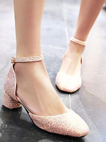 Low heeled wedding shoes