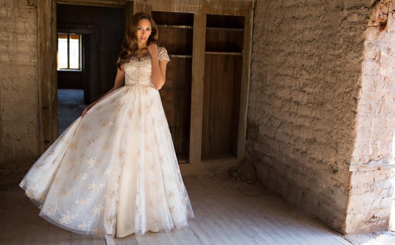 The Elizabeth wedding dress