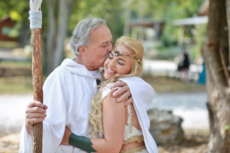 Lord of The Rings-themed wedding as seen on @offbeatbride