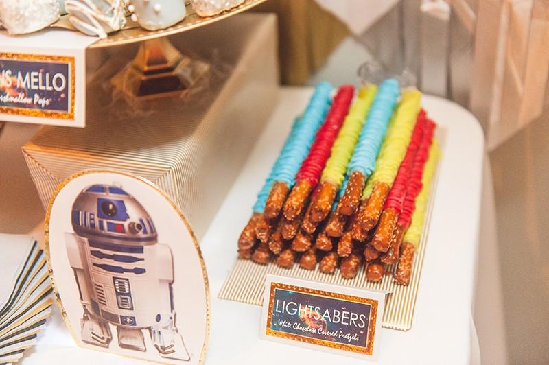 Sci-fi dessert bar as seen on @offbeatbride