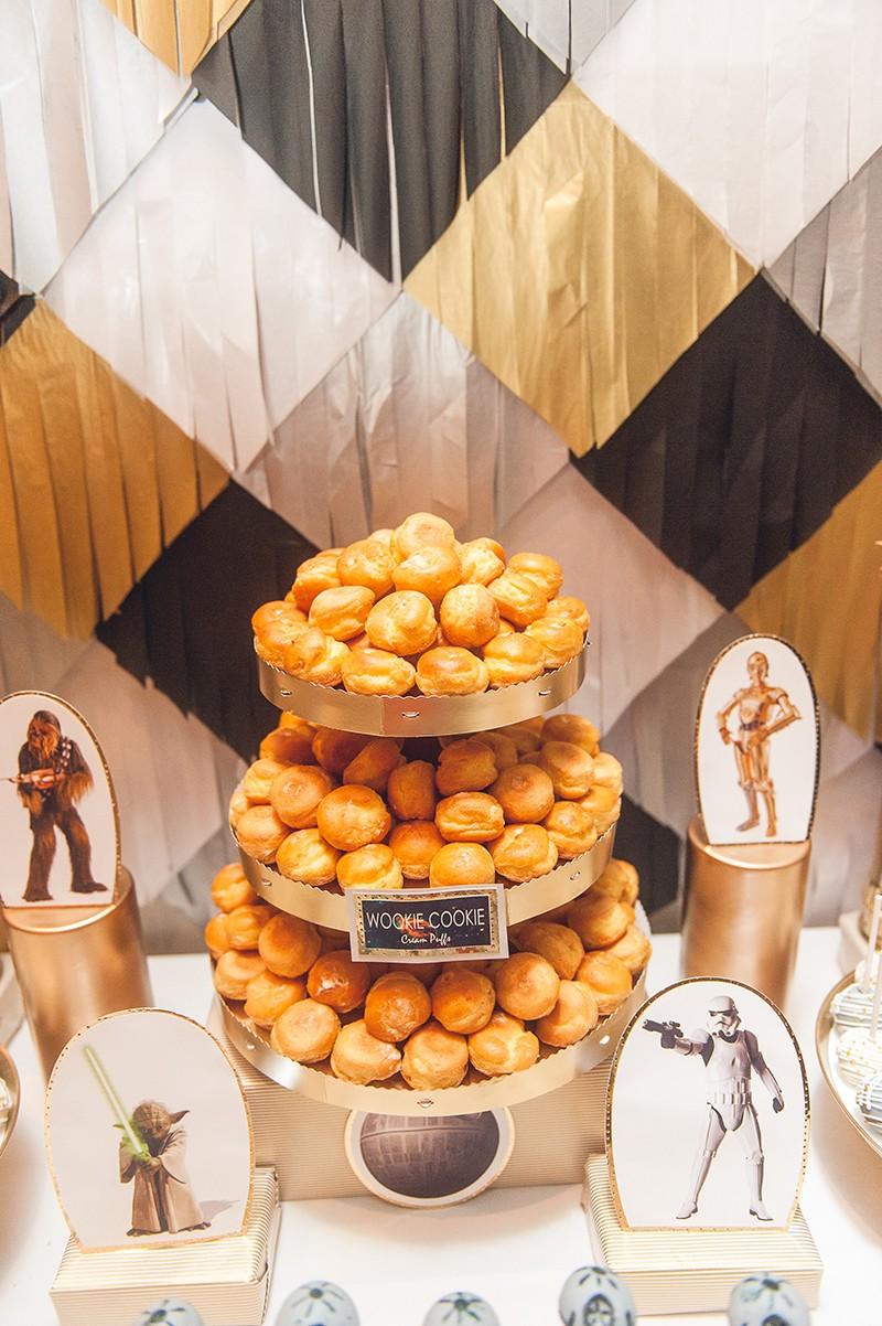 Sci-fi dessert table as seen on @offbeatbride