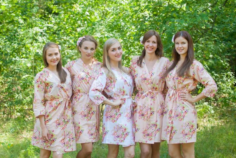 Bridesmaid robes as seen on @offbeatbride #wedding #bridesmaids #robes #kimonos