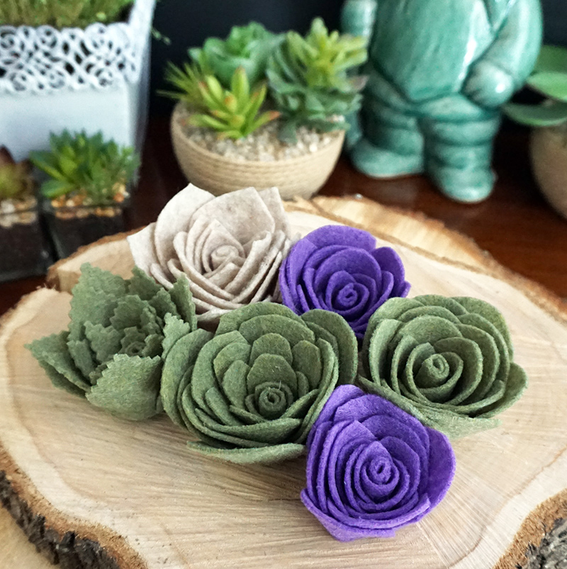 Felt succulents tutorial for all your rustic centerpieces and bouquets as seen on @offbeatbride #felt #fabricflowers #succulents #wedding