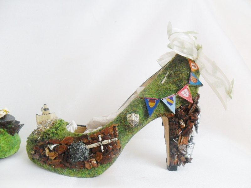 Fairy slippers and pirate boots for your fantasy-themed wedding