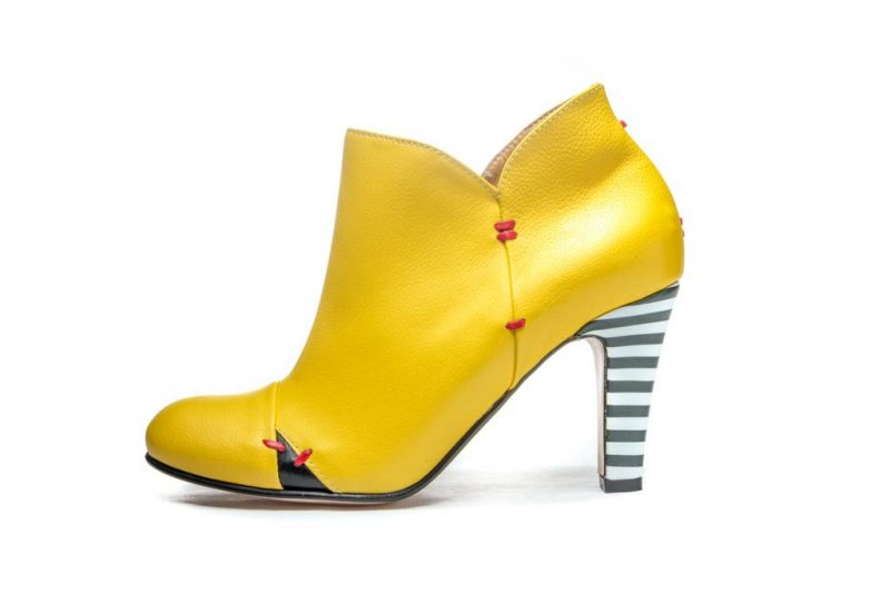 yellow-bootie-with-striped-heel-on-offbeat-bride