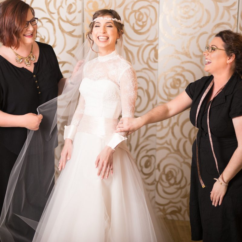 Insider bridal salon tips from a stealth Offbeat Bride working in the field