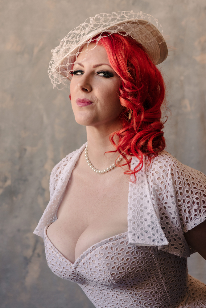 10 tips for wearing a wedding corset