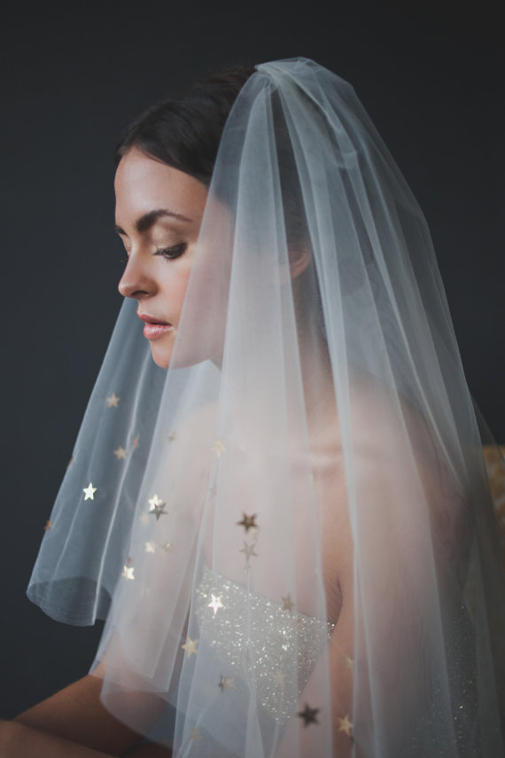 What's new & chic in cool wedding veils?