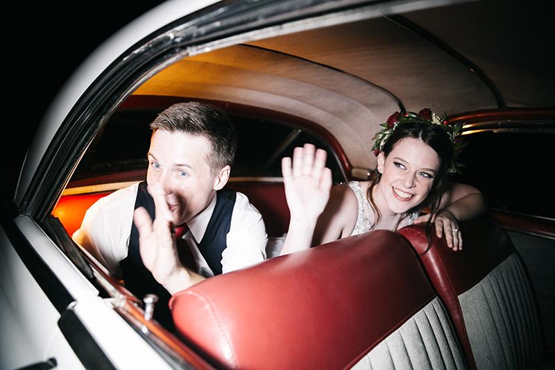 A vintage autumn fairytale wedding (with a bit of parkour!)