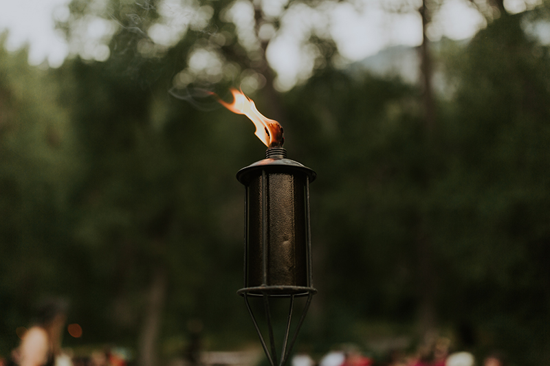 When a rustic forest wedding met red, black, and metal