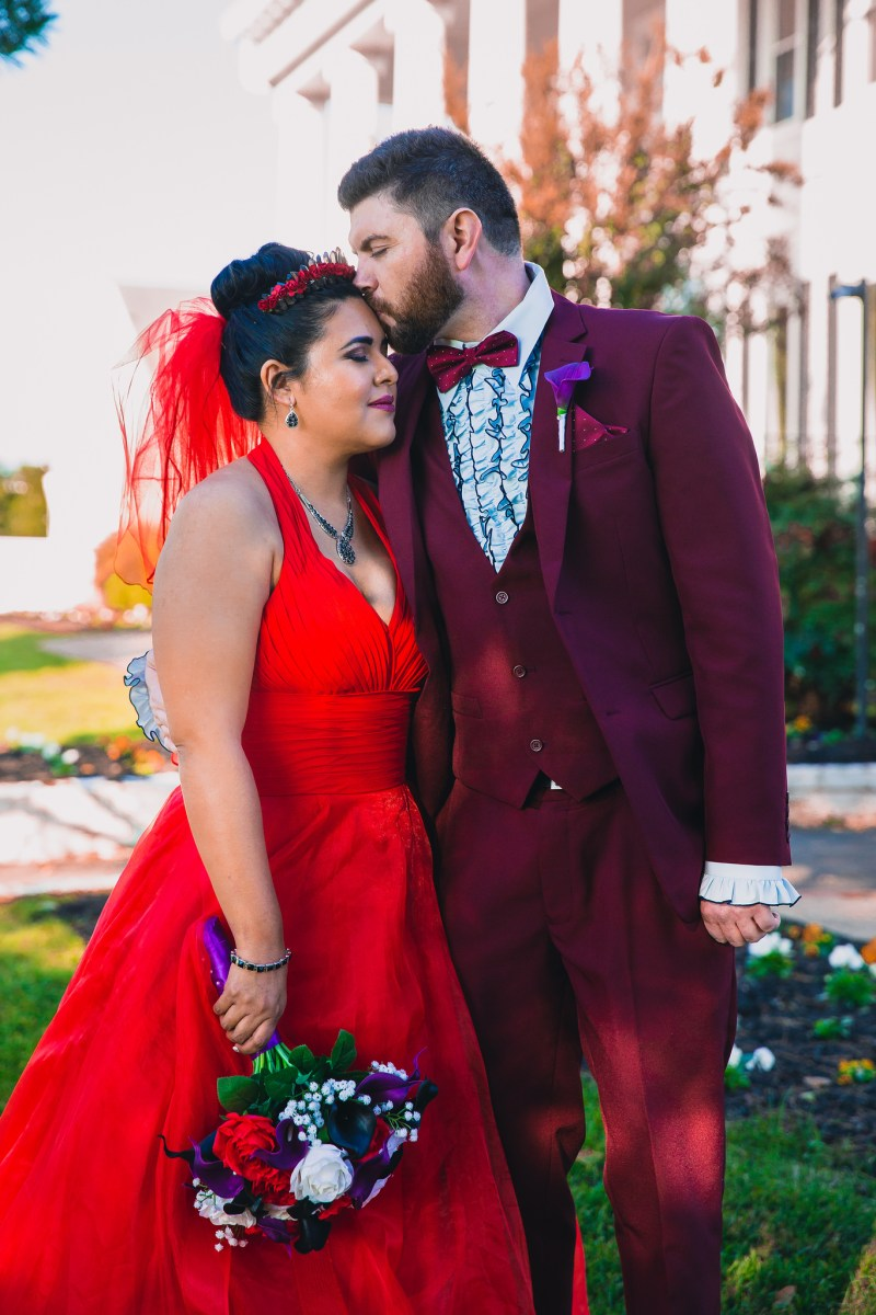 """A most """"strange and unusual"""" Beetlejuice wedding (with the movie wedding outfits!)"""