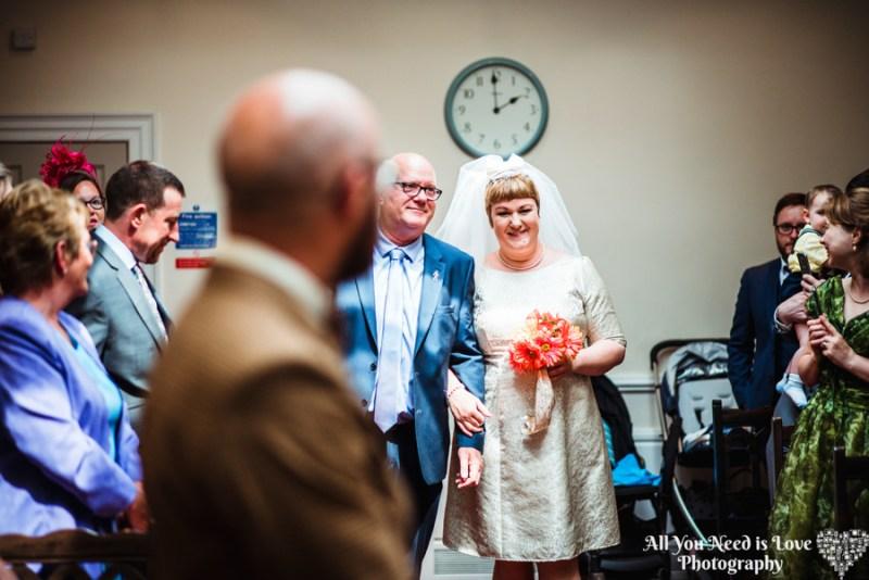 1960s mod reigns at this joyful wedding in York, England