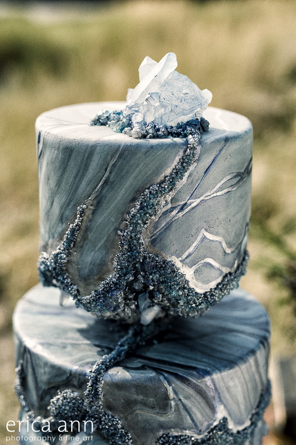 This viking wedding inspiration is all about untamed beauty on the coast