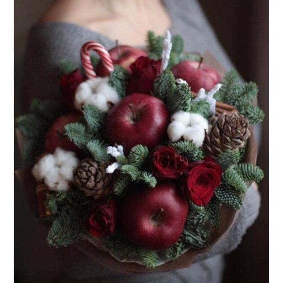 What's new in alternative wedding bouquets? Ideas that go beyond the flower