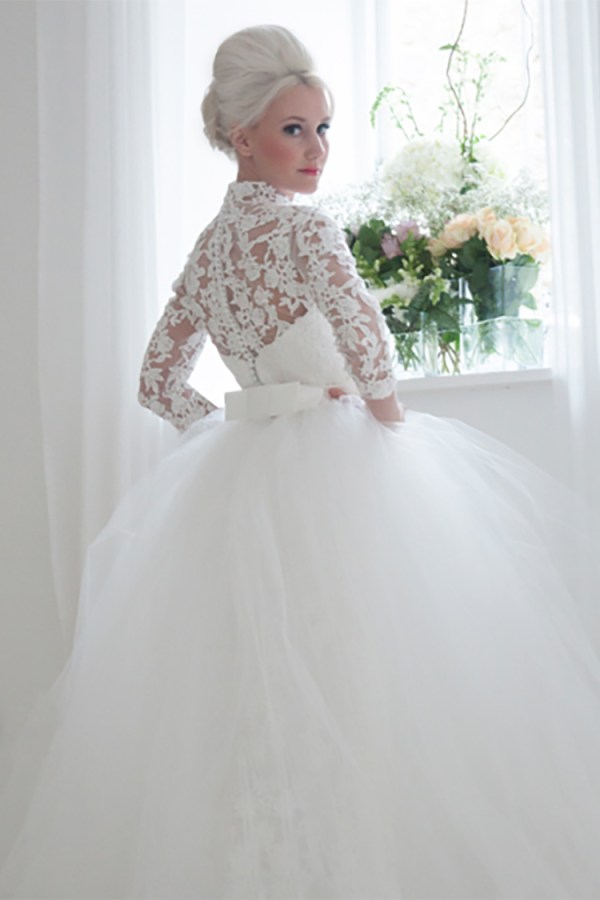 If you want stunning throwback wedding style, you MUST see this line of vintage wedding dresses