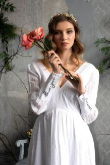 AbigailofGardenia embroidered wedding dress on Offbeat Bride (8)