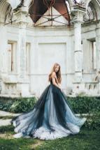 MywonyBridal tulle wedding dress on offbeat bride