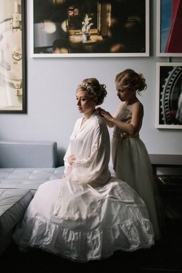 Jonas Seaman Photography on Offbeat Bride (6)