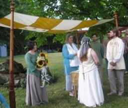 HeartLight Wedding Officiants on Offbeat Bride (4)