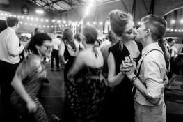 Moon Honey Photography on Offbeat Bride (5)