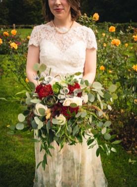 04-Connecticut-wedding-photographer-Emma-Thurgood-bouquet