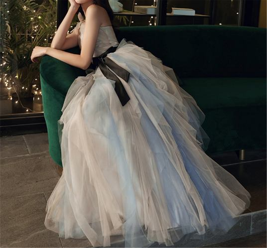 Donnina Bridal Online as seen on Offbeat Bride (10)