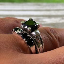 KIPKALINKA ring set on offbeat bride